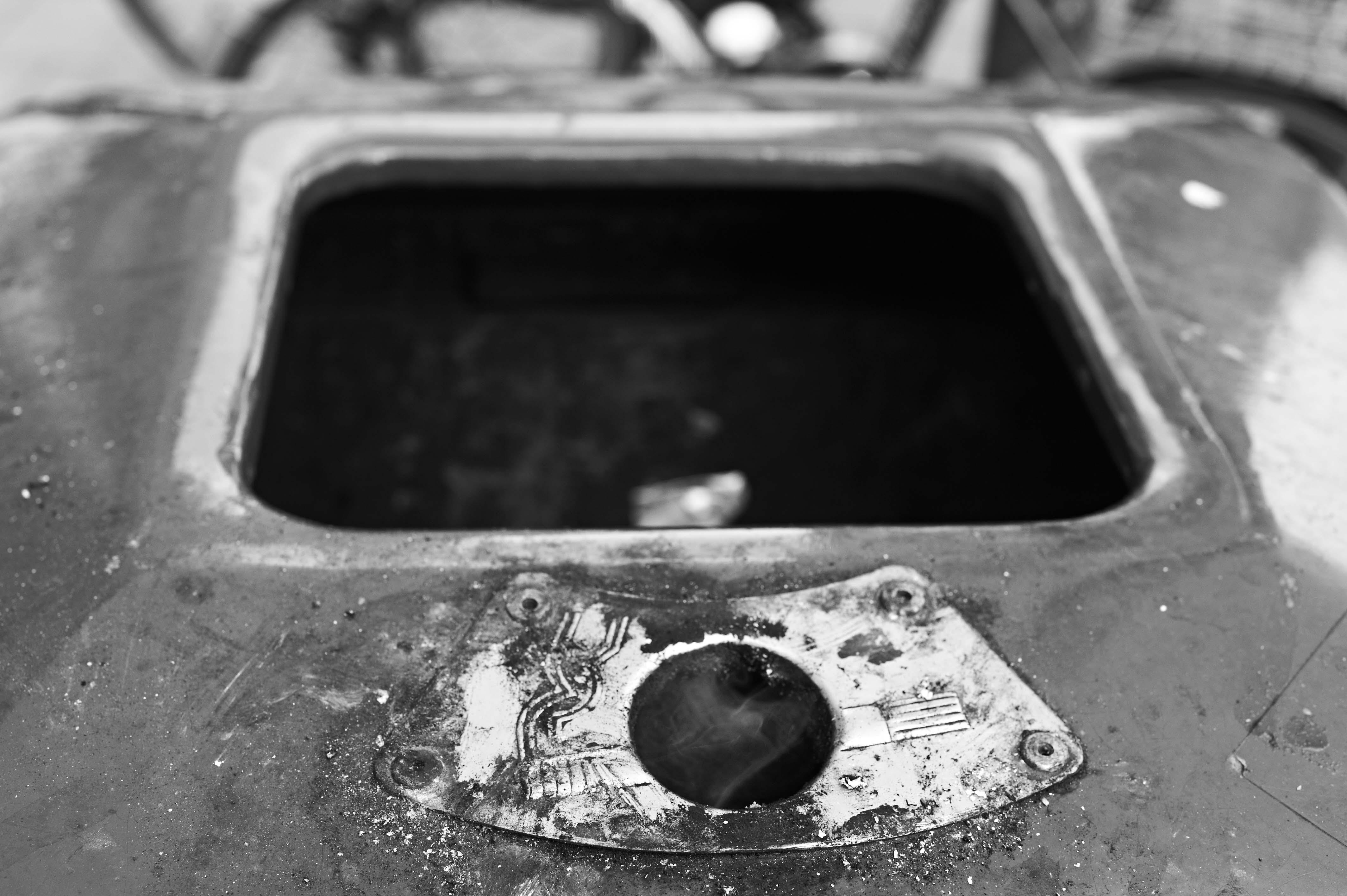 thibaud rose | garbage embrace