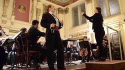 Orlofsky with the Prayner Orchestra