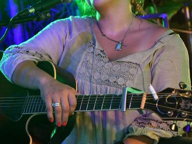 Rockin' Ladies of Key West - Raven Cooper