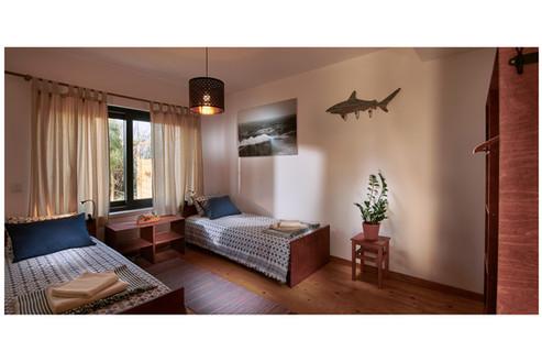 Casa Maono single beds
