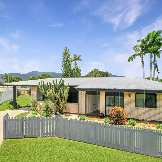 5 Agate Street Bayview Heights for sale by Oliver Voss from Cairns Property Office
