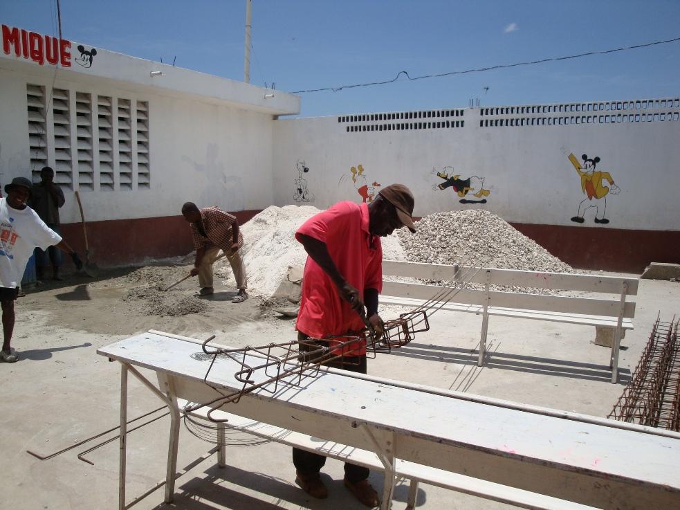 Peace_ Academy_Haiti_2009 (2).JPG