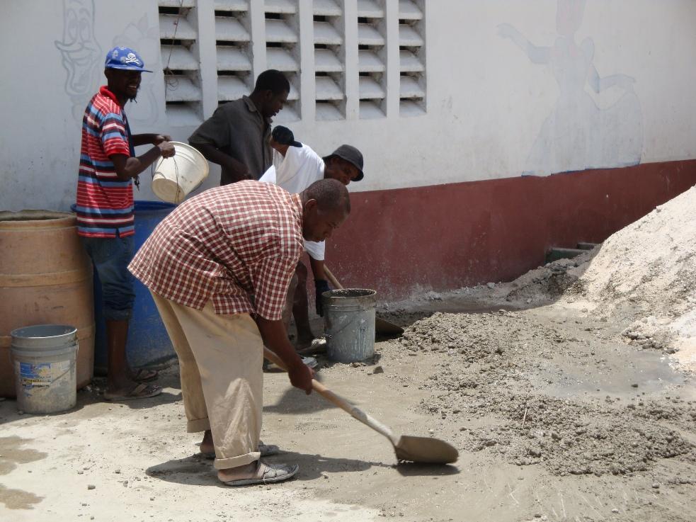 Peace_ Academy_Haiti_2009.JPG