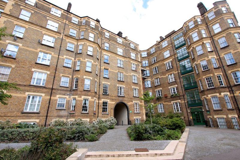 Devon Mansions - Tooley Street - SE1