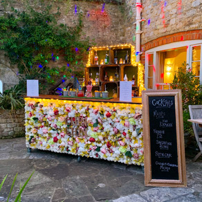 Autumn Garden Party | Chin Chin Bouquet Bar at Mark & Rivinia's Party in Midhurst