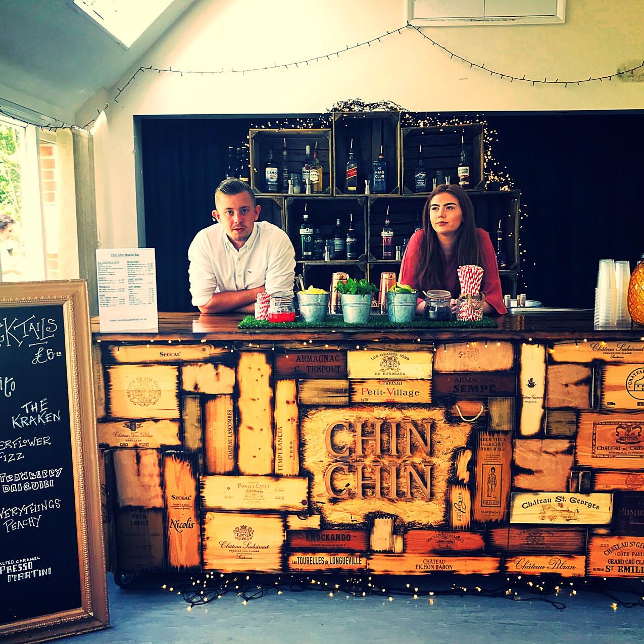Chin Chin Small Wine Box Bar