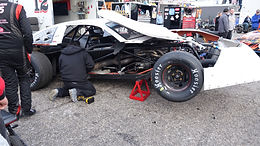 Snowflake 100 12/5/2020 ends the season with a flaky wreck in the LCQ race at 5FlagsSpeedway.