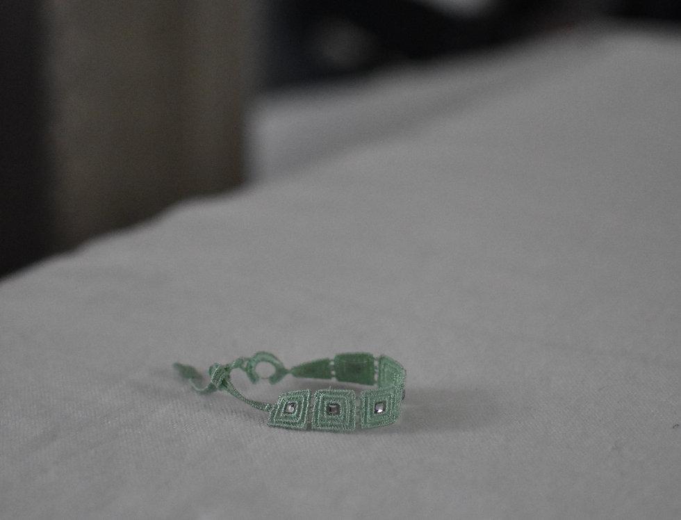 """Bracelet crochet et cristaux swarowski """"vert d'eau"""""""