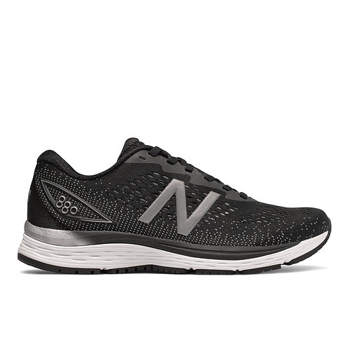 New Balance - 880v9