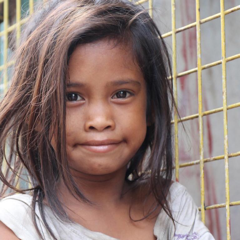 """Spenden-Party mit Herz 💖  """"Für eine bessere Welt - Bildung gegen Armut"""""""