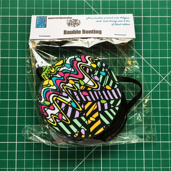 Bauble bunting packaging