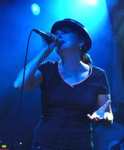 Suzanne Mellard - suzevox.co.uk