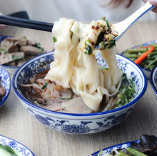 Choose from a variety of noodles and side dishes in a set meal.