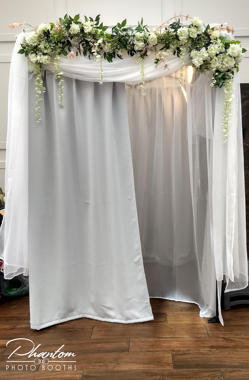 Phantom Photo Booths White Elegance
