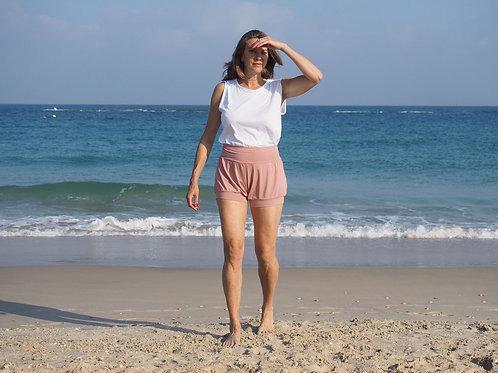 Mimi yoga shorts in Salmon pink