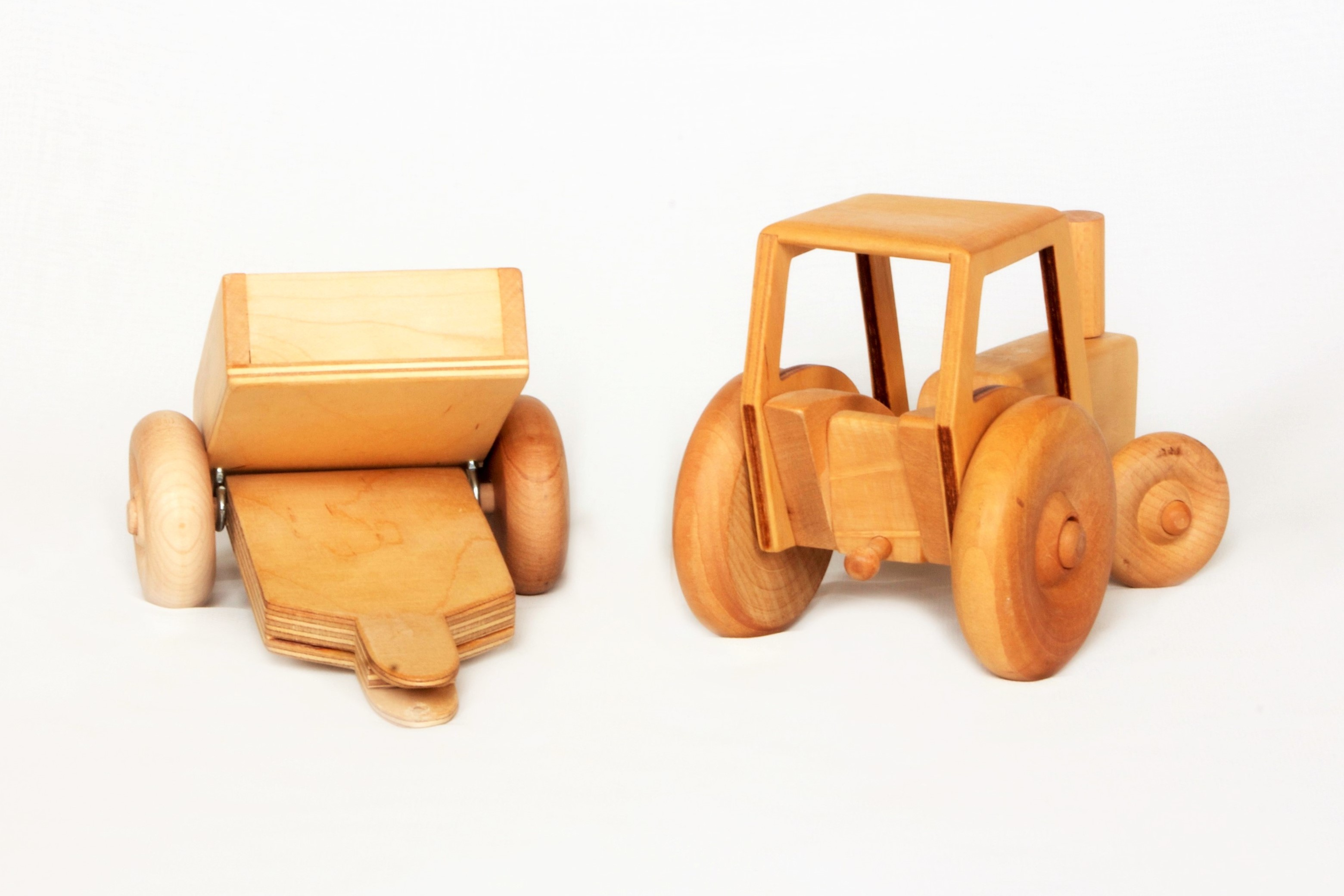 Croglin Toys - Tractor +Trailer 2