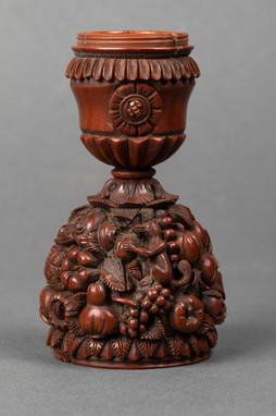 Bougeoir de voyage en buis sculpté – XVIIIe siècle