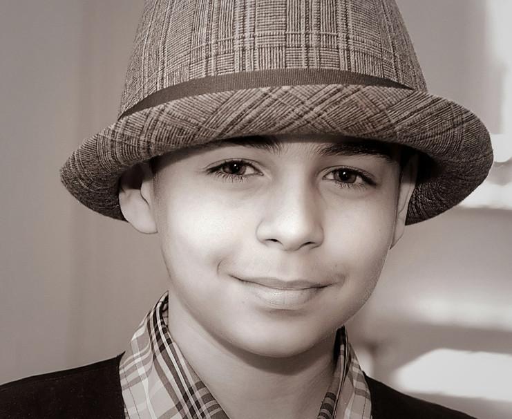 Kid Headshot-MIN-FB-3_pp.jpg