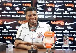 Da roça a titular do Corinthians: Jogador nascido em Jeremoabo, Bahia faz história no futebol