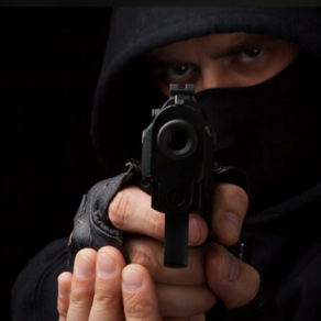 Criminoso rouba motocicleta e celulares em Jeremoabo-BA
