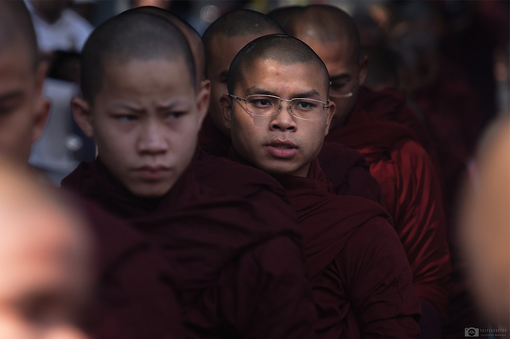 Monks from the Mahagandayon monastery in Mandalay