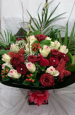 Sugar love and red Naomi hand tied