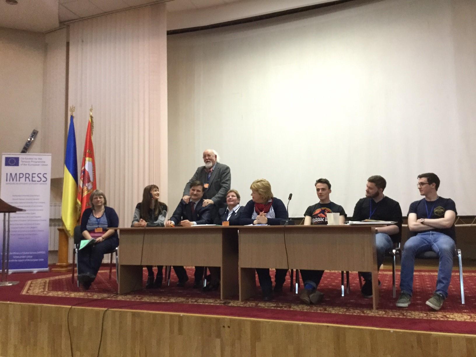 Day 2 - Panel Alfredo Chernyak