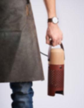 Callia Luminaire cuir artisanat fait main en france Apical Studi