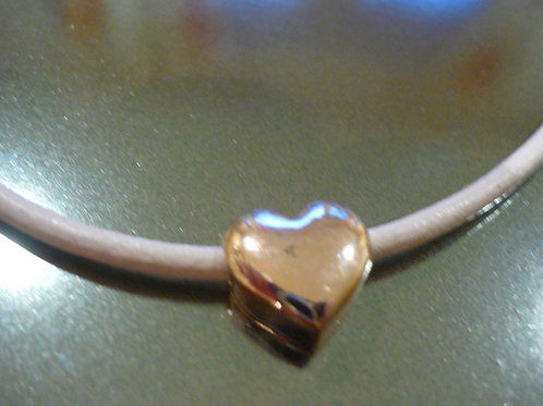 Short cream leather necklace rose gold heart