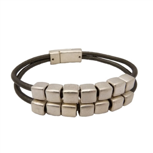 Charcoal leather bracelet with Silver cubes