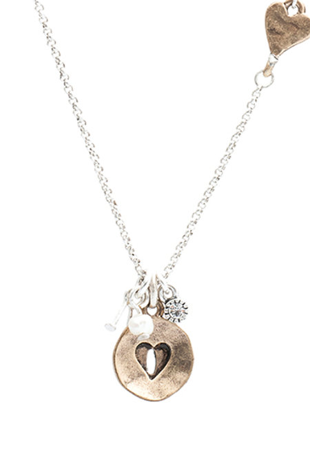 Heart disc pendant with heart chain