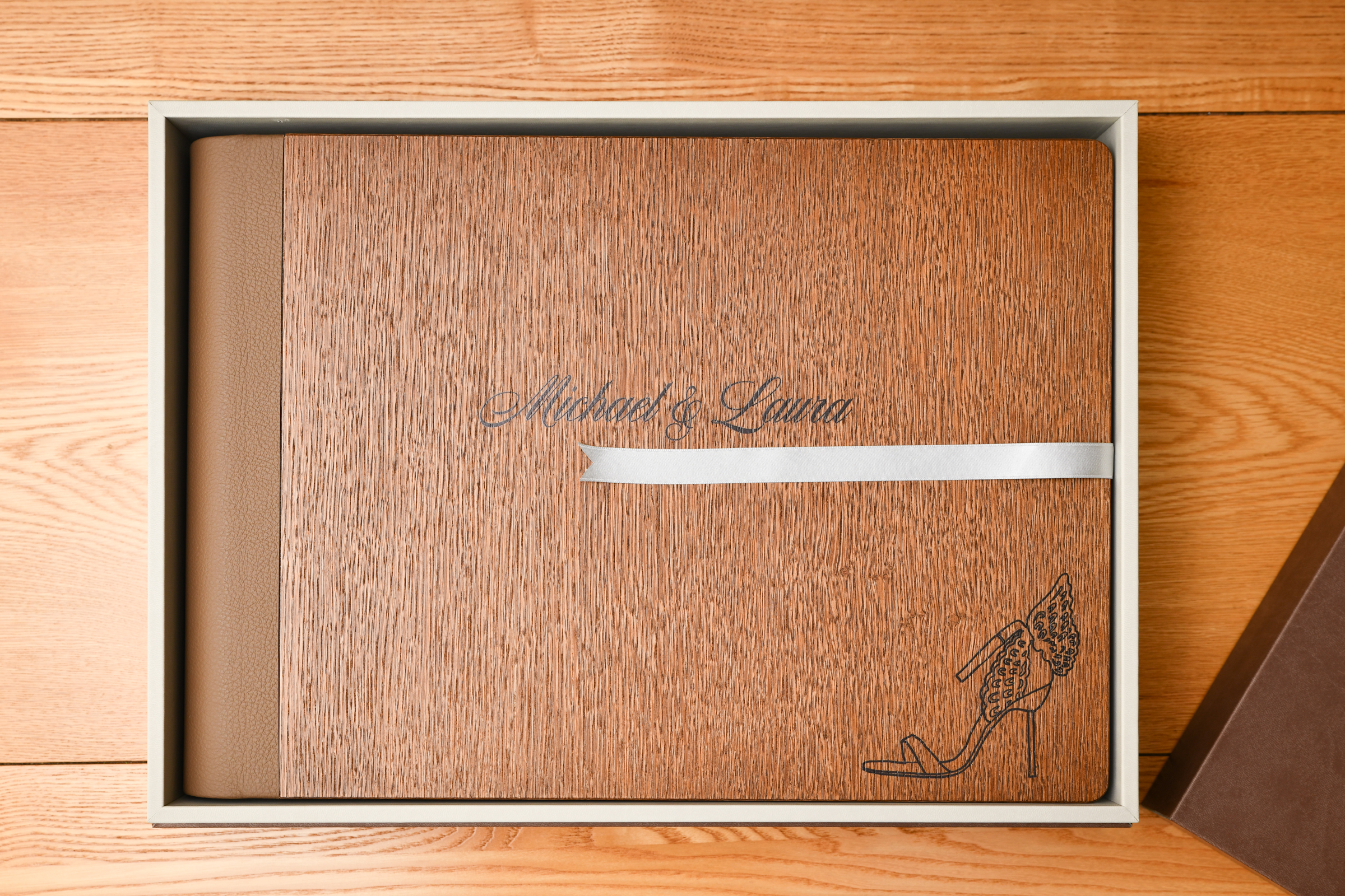 Oak cover wedding album