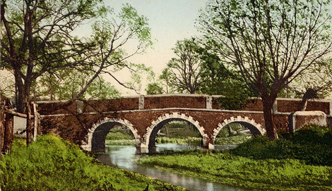 0065 Woodford Bridge c1910.jpg