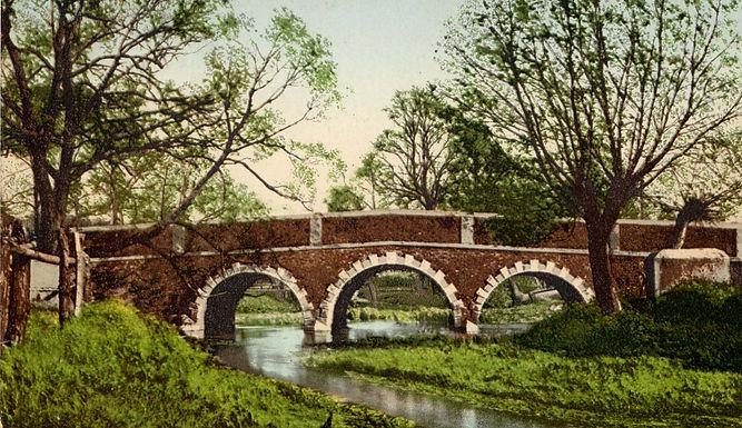 0065 Woodford Bridge c1910.jpg