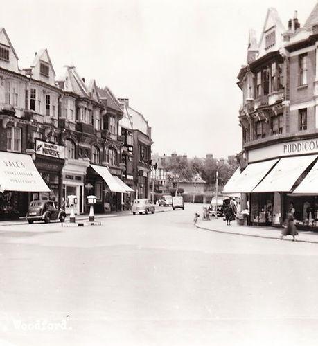 Woodford Broadway c.1950s.jpeg
