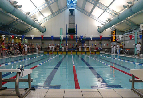 Masters extend lead at Trowbridge