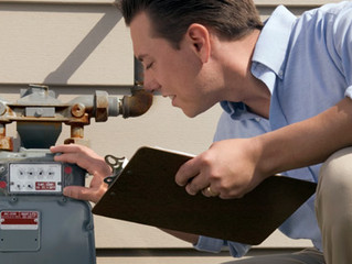 Why Smart Homebuyers Hire Home Inspectors