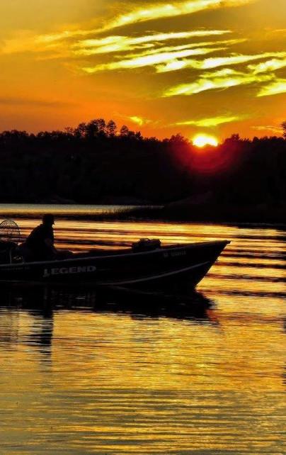 Days end on Mc Charles Lake.jpg