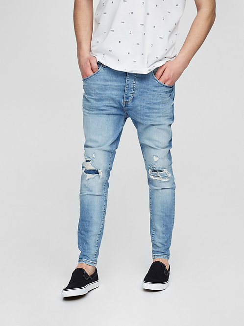 Carrot Jean with Distressed Knee