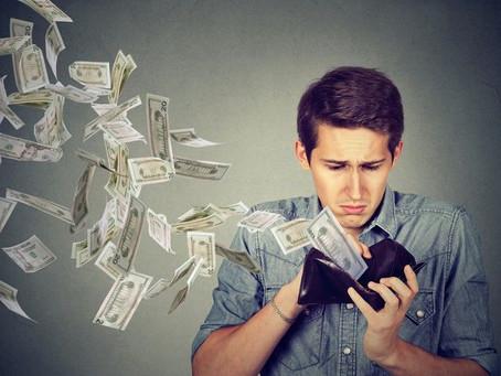 Почему не стоит хранить деньги в банке?