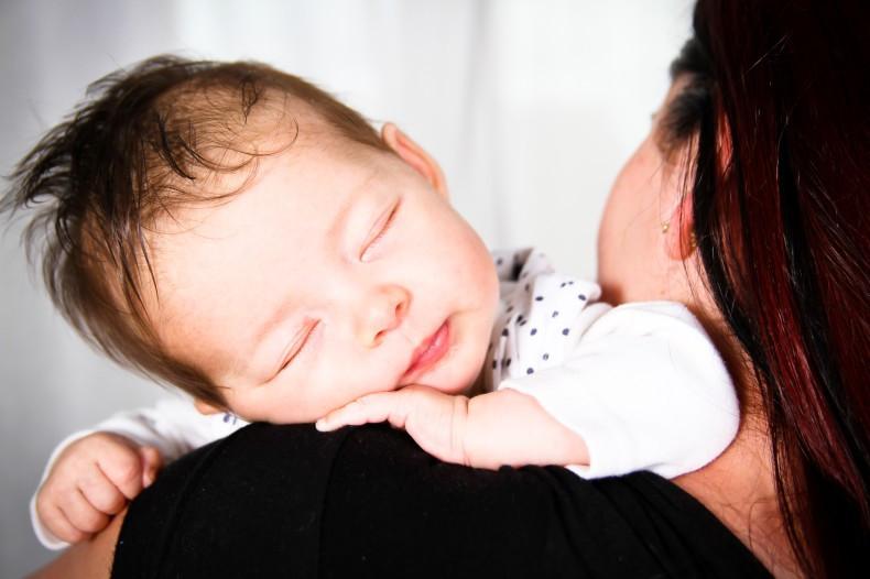 Séance naissance à domicile - Elow Photographies