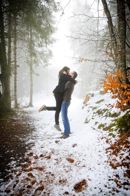Seance d'engagement un hiver en Isere - Elow Photographies - photographe - Grenoble