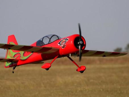 アーク。 Aeromodelling Club Sant CugatはTESUPのお客様です。