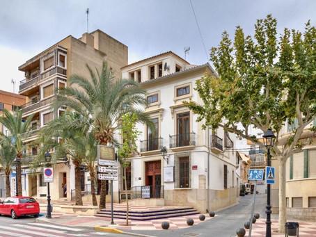 Unsere Windkraftanlage Atlas 2.0 fährt in die sonnige Stadt Aspe, Spanien!