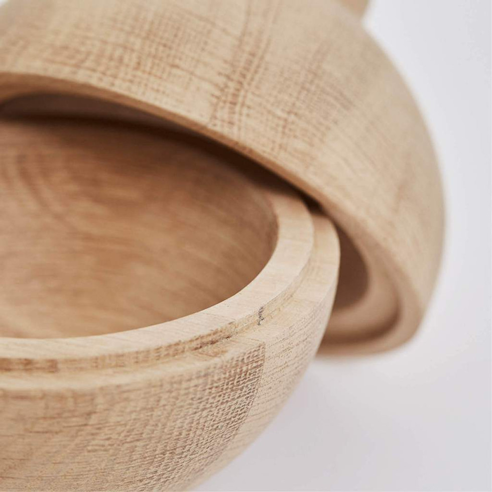 Kristina_Dam_Studio_Wooden-Sphere-detail
