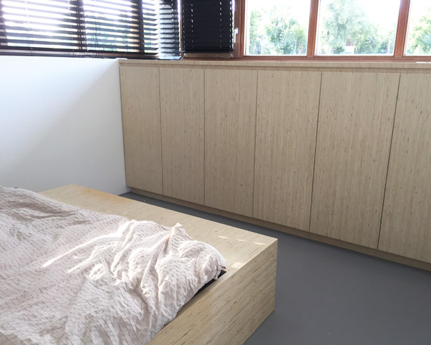 3a bedroom cabinet and bed, House boat,