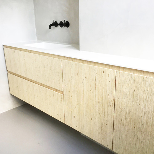 3b bathroom cabinet, House boat, Amsterd