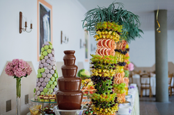 Chocolate Fountain, Macaron Towers