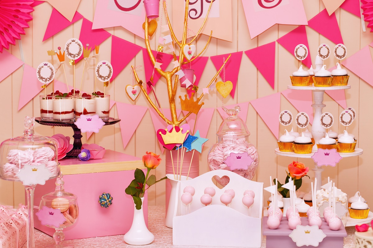 Cupcake and Cake Pop Displays
