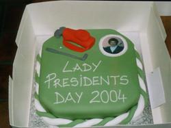 president_j_toolan_cake_2004